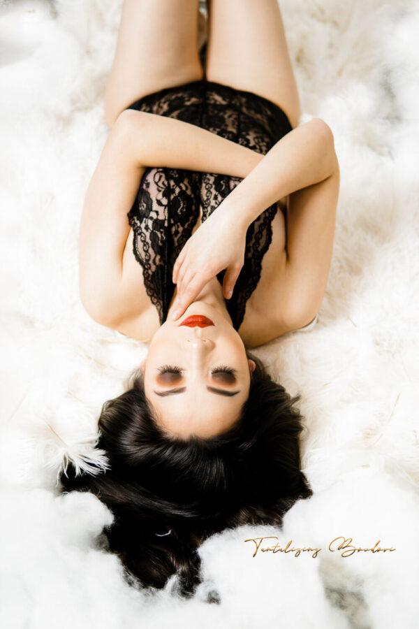 boudoir session woman in black lingerie